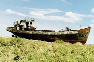 Fischerboot bei Aralsk