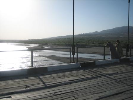 Der Fluß ist zur Zeit das Einzige, was Usbekistan und Tadschikistan miteinander teilen.